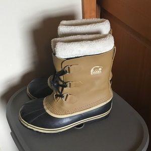 Sorel Yoot PAC waterproof boots sz 6 youth in GUC